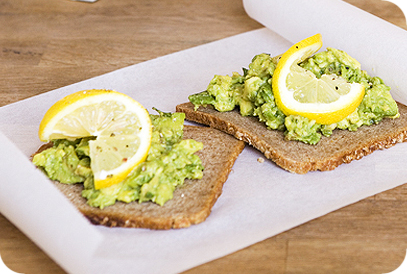 Roggebrood met avocado
